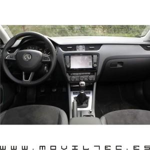 Navegador-skoda-Octavia-III-2013-Moviltec-1