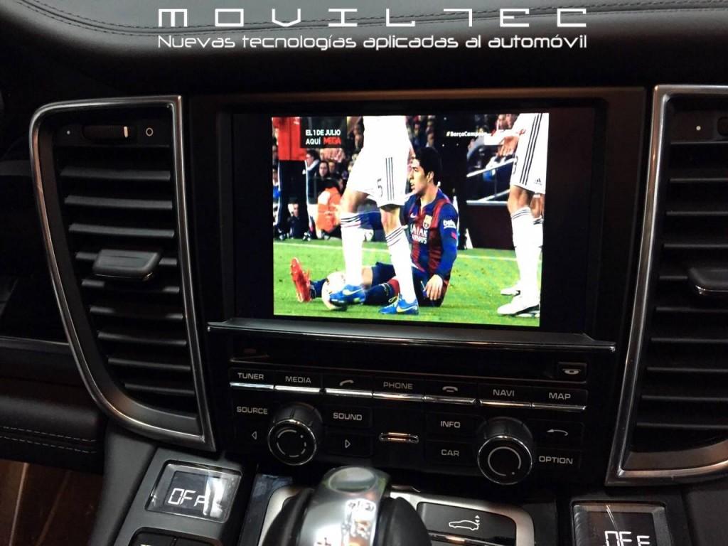 Televisión-digital-para-Porsche-en-Sevilla